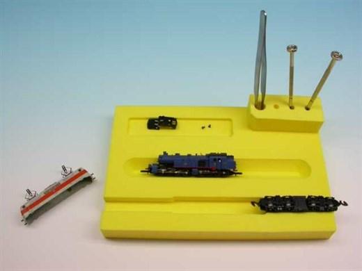 High Tech Modellbahnen 5000 - Lokreparatur