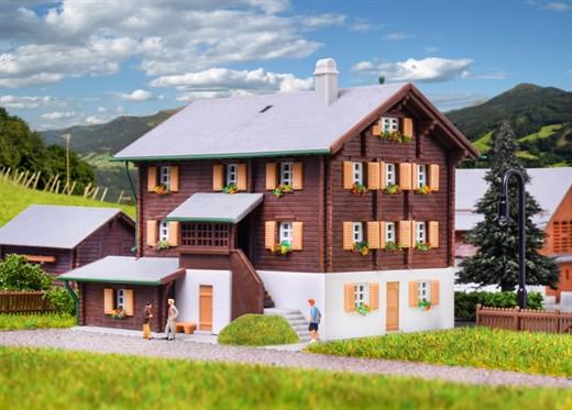 Kibri 36811 - Z Bauernhaus in Elm