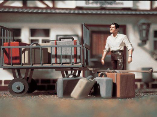Vollmer 41228 - G Gepäckwagen mit Gepäck