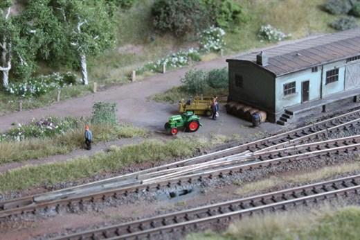 Wespe HRT01 - Modell eines Traktors Deutz F2L im M