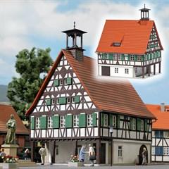Busch 1598 - Rathaus H0