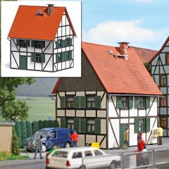 Busch 1666 - Fachwerkhaus H0