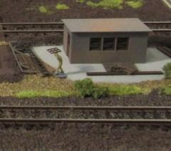 Laffont Z2101 - Betriebswerks-Bude mit Schrottteil
