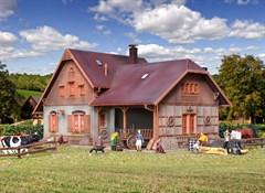 Vollmer 43744 - H0 Bauernhaus mit Remise